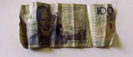 gourdes _ billets de banque haitiens 2013-01-15  - 02