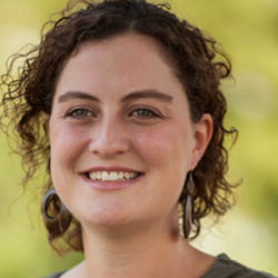 Valérie Guilloteau 2012 Profil-Lévis-1