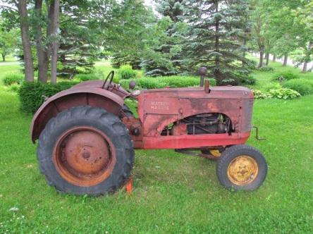 09 TR Levis Ferme Le Silo Tracteur Massey Harris de 1944 28-06-2015_ - 02