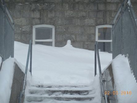 b Levis Hotel-Dieu statue Saint-Joseph a l'enfant enneige hiver 02-03-2016