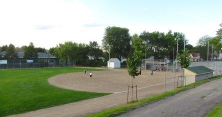 1 Levis 10-08-2015 Emile baseball