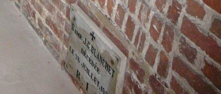 crypte blanchet J.-G. Dame eglise-notre-dame levis 2007-06-30F - Version 2