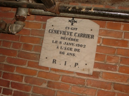 crypte carrier-genevieve eglise-notre-dame levis 2008-11-20 (32)