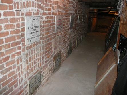 crypte carrier-hubert et al eglise-notre-dame levis 2007-06-30K