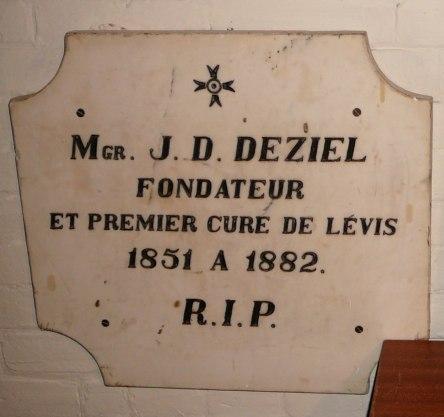 crypte deziel-j.-d. eglise-notre-dame levis 2008-09-27 (7) - Version 2