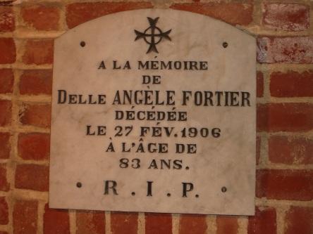 crypte fortier-angele Delle eglise-notre-dame levis 2008-11-20 (16)