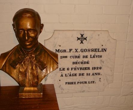 crypte gosselin-f.-x. eglise-notre-dame levis 2008-09-27 (6)