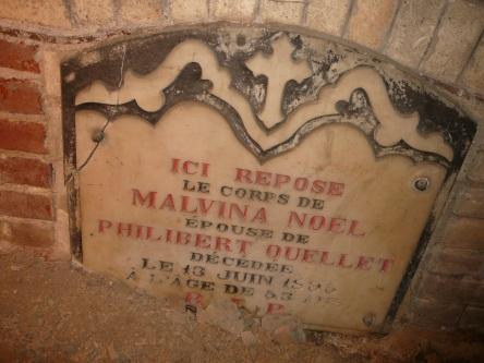 crypte noel-malvina eglise-notre-dame levis 2008-11-20 (20)