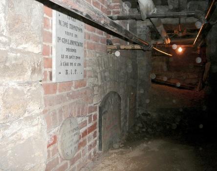 crypte thompson-zoe et al eglise-notre-dame levis 2007-06-30d